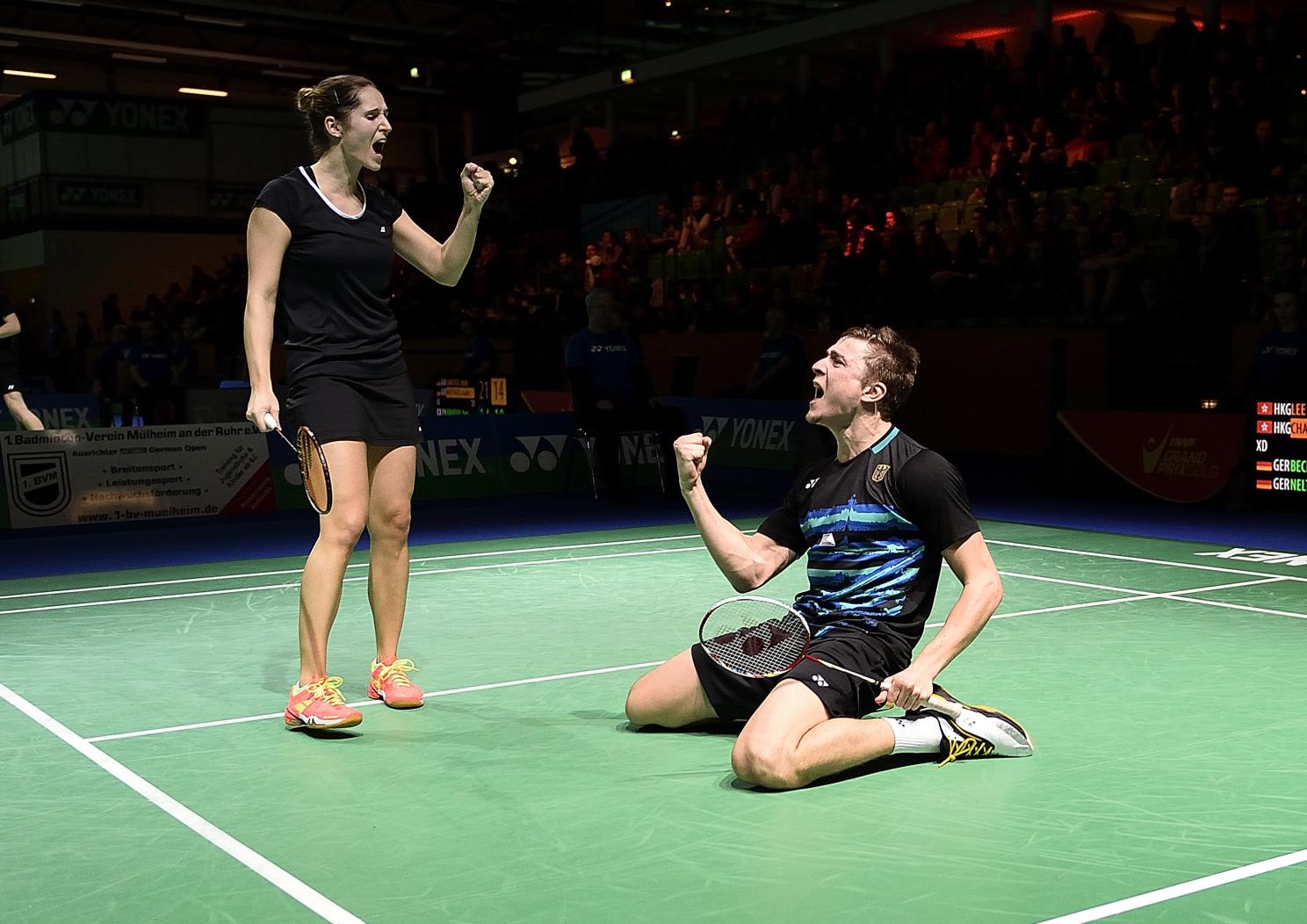 Genau wie die firsch gebackenen deutschen Meister Raphael Beck und Carla Nelte. Beide konnten in Runde 1 einen Sieg gegen Topasiaten bejubeln!