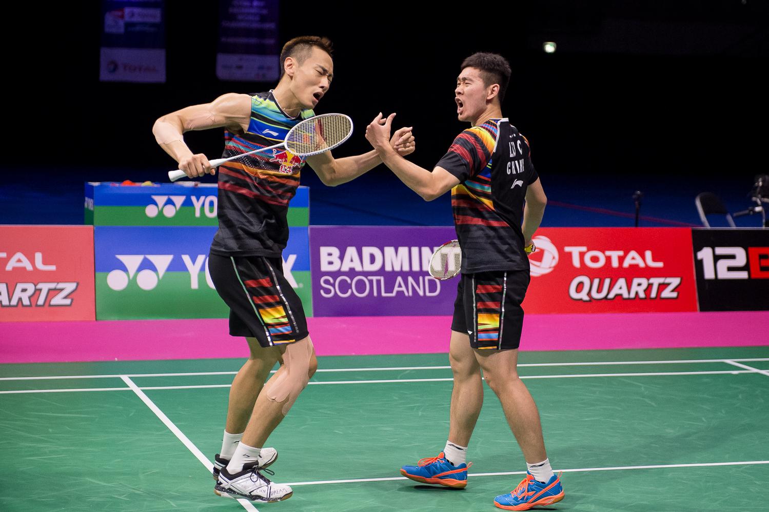 Zhang Nan hat nach Olympiagold nun auch die Chance auf den WM Titel, allerdings mit anderem Partner. Mit Liu Cheng setzte er sich gegen seine Chinesischen Kontrahenten Chai und Hong durch