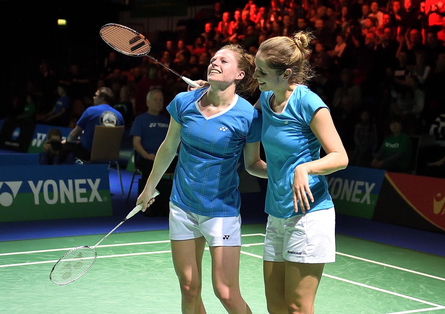 Carla Nelte und Isabel Herttrich, die überglücklichen Halbfinalistinnen aus Deutschland