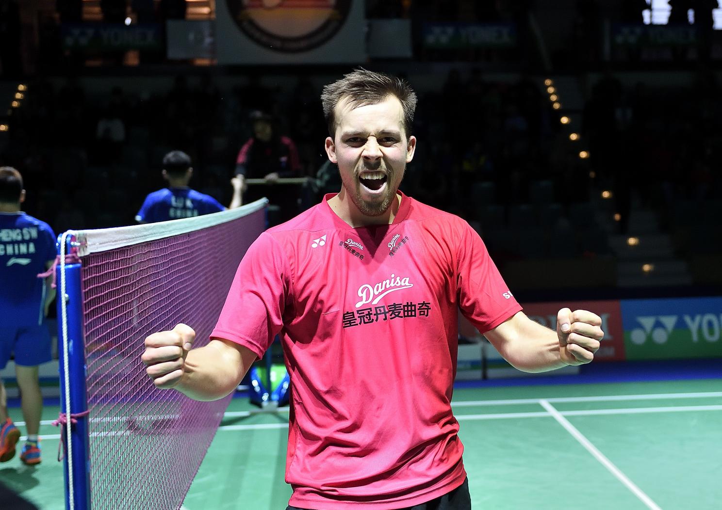 Dänemarks Anders Skaarup Rasmussen freut sich über den Halbfinaleinzug mit Partner Kim Astrup im Herrendoppel