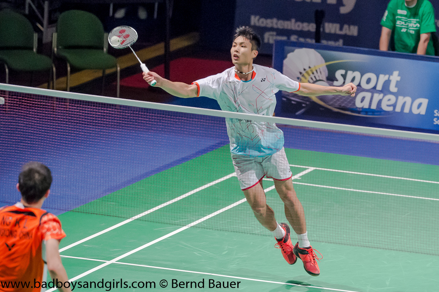 Er warf sogar Seriensieger Tien Chen Chou im Viertelfinale aus dem Rennen! Dieser gewann die letzten drei Ausgaben der Bitburger Open...