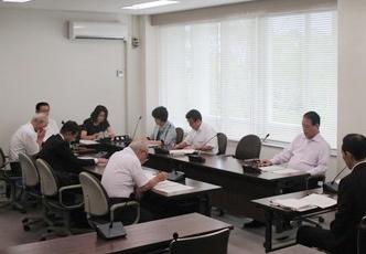 9月定例会の運営を申し合わせた議運(8月25日)