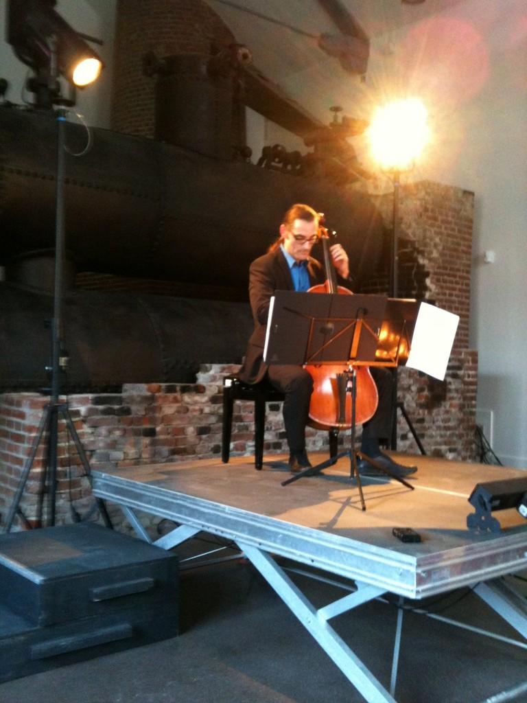 Six suites pour violoncelle - Festival Frisson baroque 2013