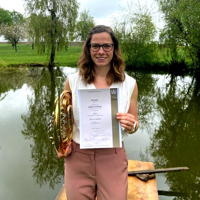 Audit of Art: Daniela Haderer erhält goldenes Leistungsabzeichen