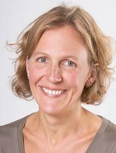 Andrea Ratz Diplompsychologin, systemische Therapeutin, lizenzierte Marte Meo Supervisorin.