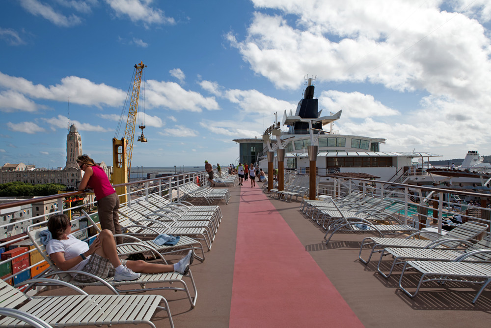 Celebrity Infinity / Sonnendeck