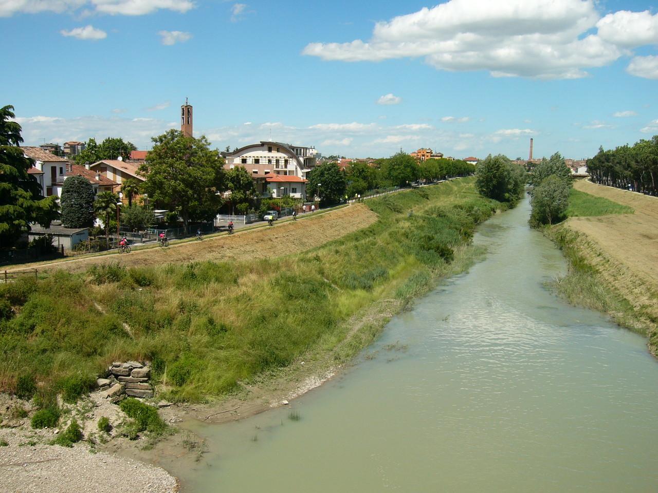 Ciclabile del Savio a Cesena dal Ponte Vecchio