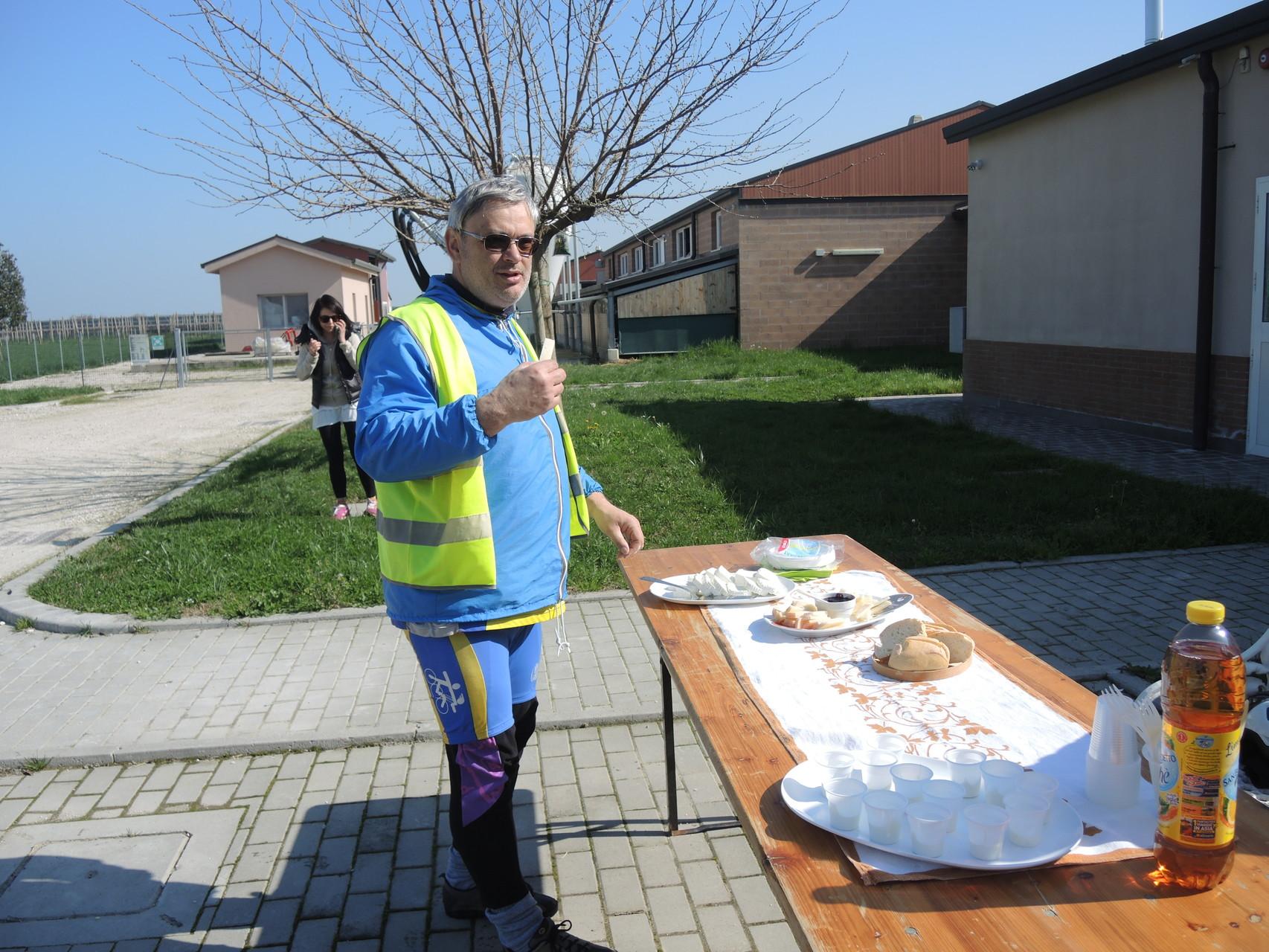 il Presidente Andrea Navacchia inizia i lavori presso il Caseificio del Buon Pastore