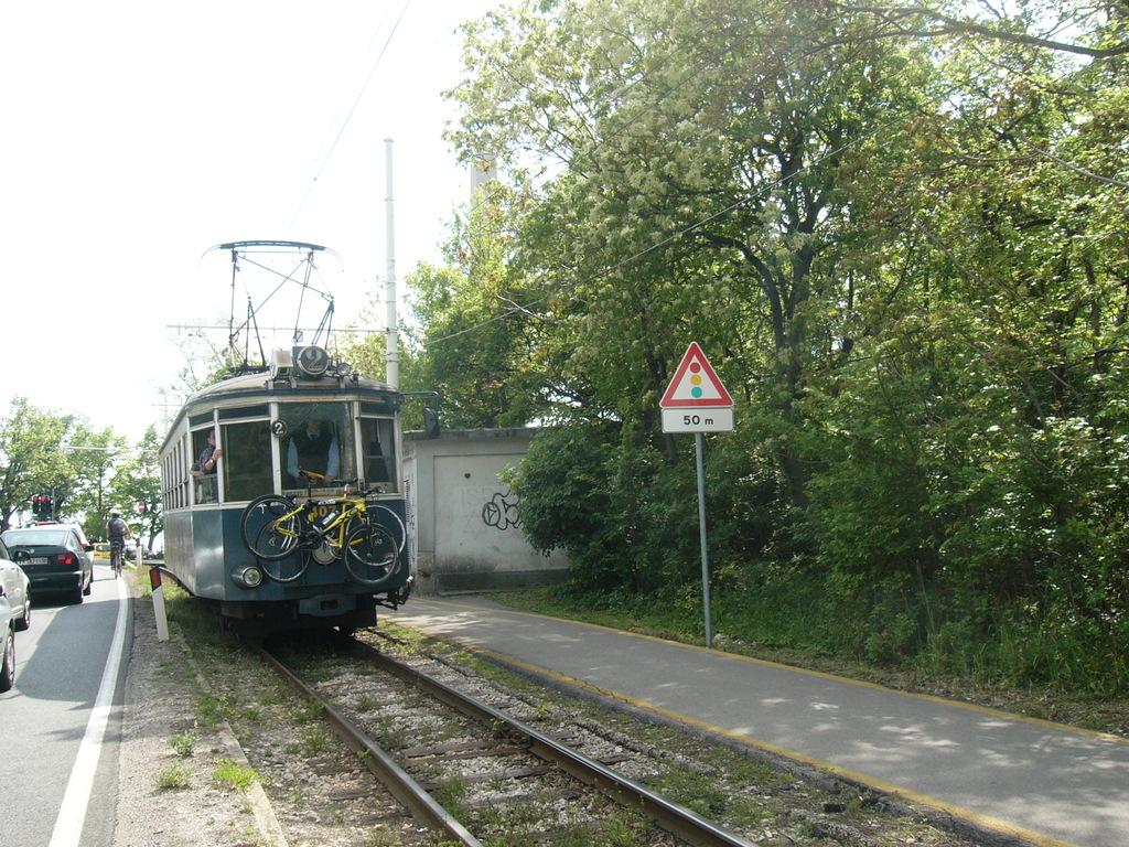 Così trasportano le bici tra Trieste e Opicina