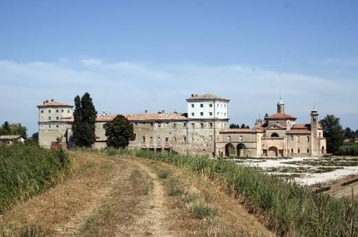 "<a href=""http://www.tripadvisor.it/LocationPhotos-g944403-d1760515-Palazzo_di_San_Giacomo-Russi_Province_of_Ravenna_Emilia_Romagna.html#55611357""><img alt=""Palazzo san giacomo"