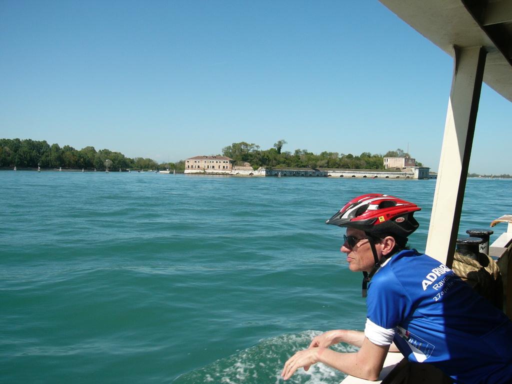 Sul traghetto tra Lido e Punta Sabbioni