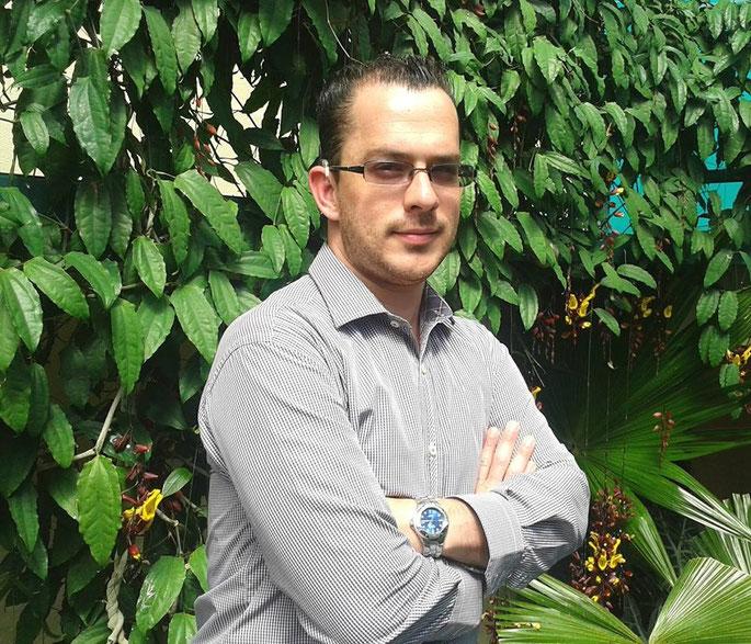 Esteban Montenegro, usuario de audífonos Phonak