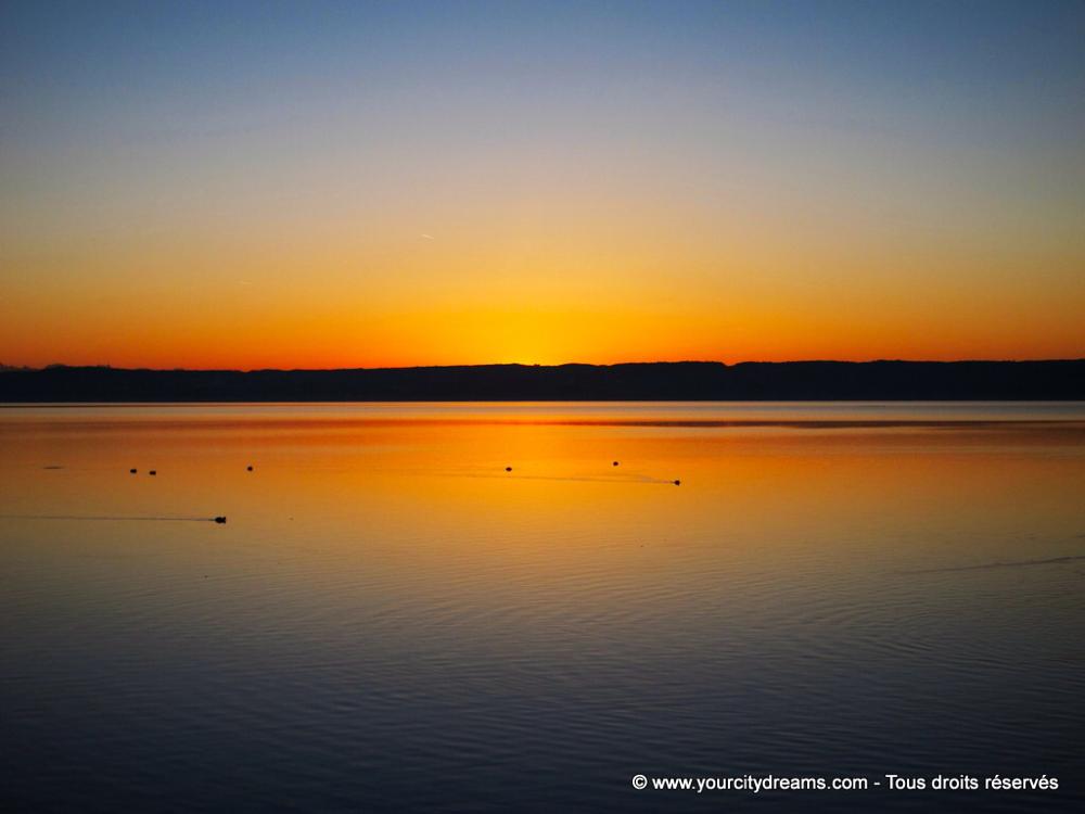 Couché de soleil sur le lac d'Ammersee en Bavière