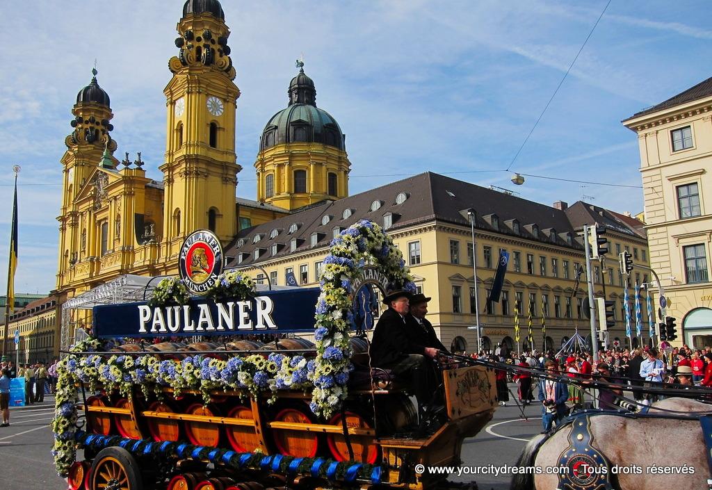 Le défilé de la fête de la bière de Munich