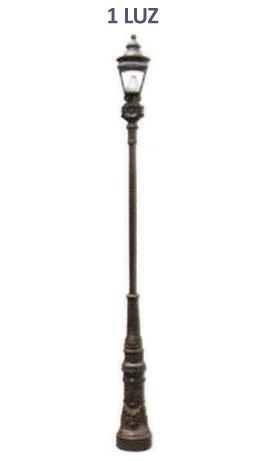 """Poste VERSALLES 1 LUZ,  fabricado en su totalidad de fundición de aluminio con faldón de 1.45 cm de altura para cubrir ancla, hecho con tubo de 3"""" cédula 30 para poste, con brazo tipo niple para sujetar una luminaria.  Dilae"""