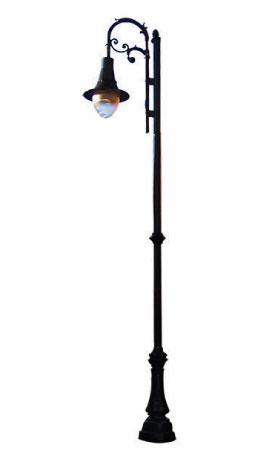 """Poste NAPOLI 1 LUZ, fabricado con tubo recto de 5m de altura, caña de 3"""" ced. 30 con placa base de 25 x 25 cm. y 19 cm entre centros, faldón de aluminio cubre ancla de 1.10 cm. de altura con un adorno tipo anillo, sist. de 1,2,3o 4 ménsulas Rizo Napoli."""