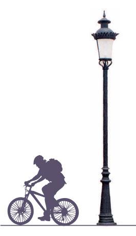 """Poste INGLES, fabricado con tubo de 3"""" céd 30 con faldón de fundición de aluminio o en fibra de vidrio de 90 cms de altura dando un toque especial para cubrir las anclas. Con niple para cualquier colocación de cualquier punta de poste de su elección. Dila"""