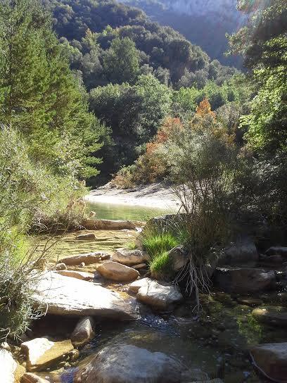 séjour zen en Aragon bien-être sierra de guara piscine naturelle thérapie hoistique marche consciente