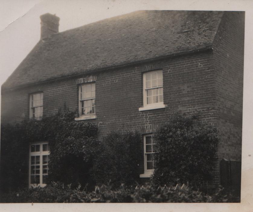 Honeysuckle Cottage Knapwell