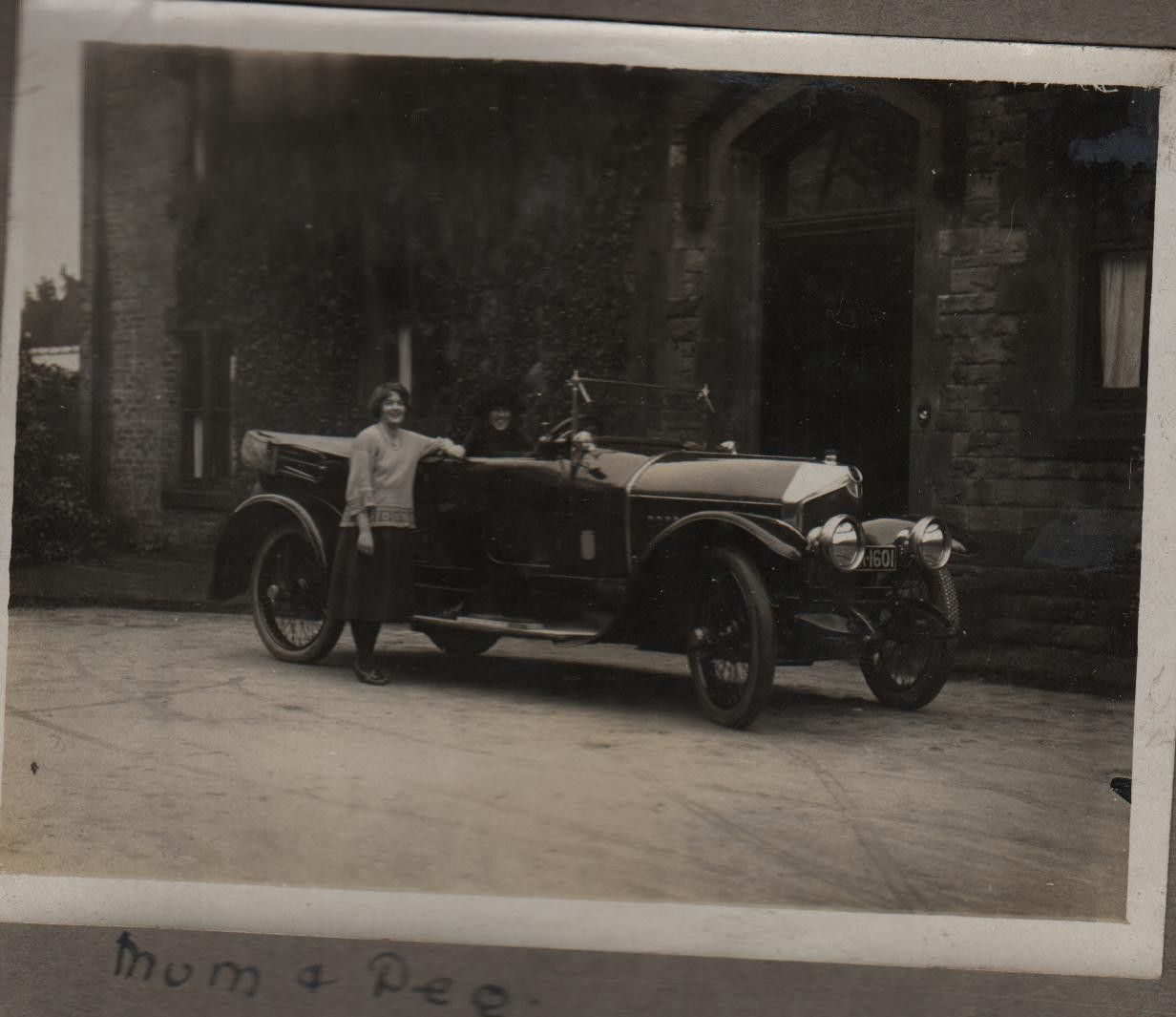 1921: Mum and Peg