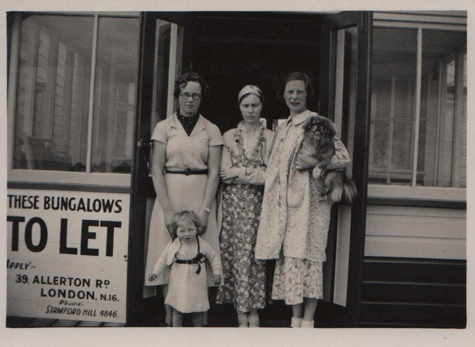1937 on holiday at Jaywick. Joan, Dorothy, Anna with her son Dorning (b.1937) and the pekinese 'Baby'