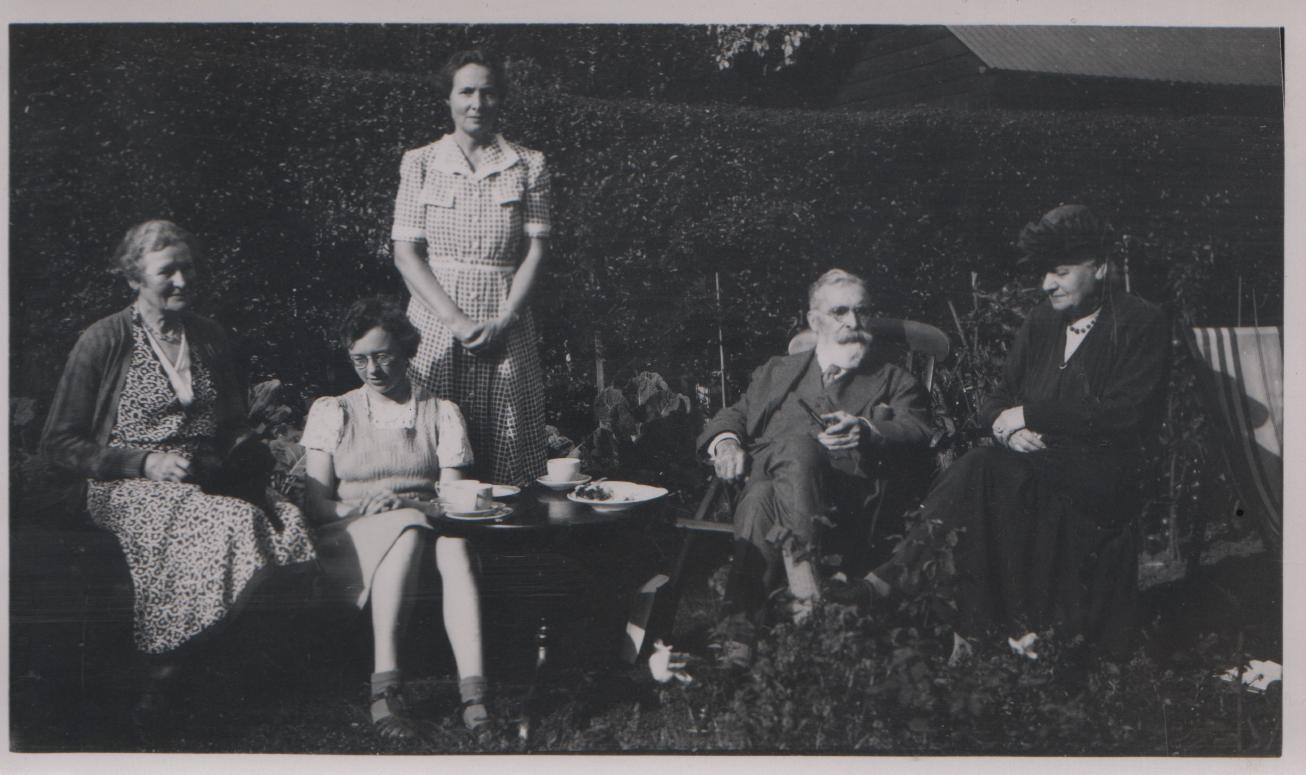 circa 1935, possibly at Ashburne: unknown woman, Joan, Grace, HRB Lilley, Auntie Flo