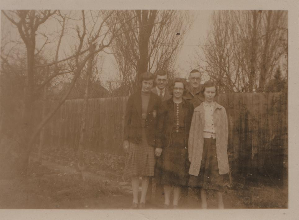 circa 1932-3: Joan and Dorothy with three others