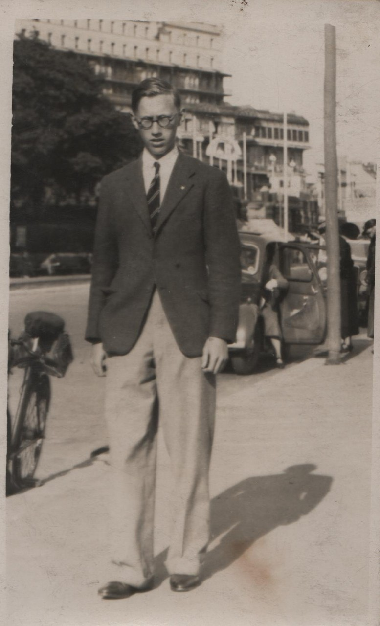 1937 David at the seafront Southend