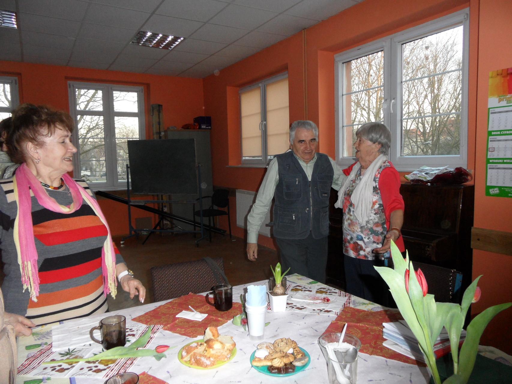 """Uroczysta zbiórka Kręgu """"Dęby"""" z okazji Dnia Kobiet 10.3.2014"""