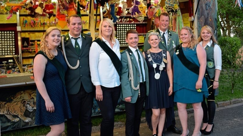 Königin Annabell mit Hofstab (2018 / 2019)
