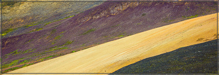 Colours of Vonarskarð (vonarskard, bardarbunga, bárðarbunga, tungnafellsjökull, vatna, Gæsavötn, snappadalur, deilir, hot pot, hot spring, nyidalur, sprengisandur, göngubrunn, kvisl, hníflar, trekking)