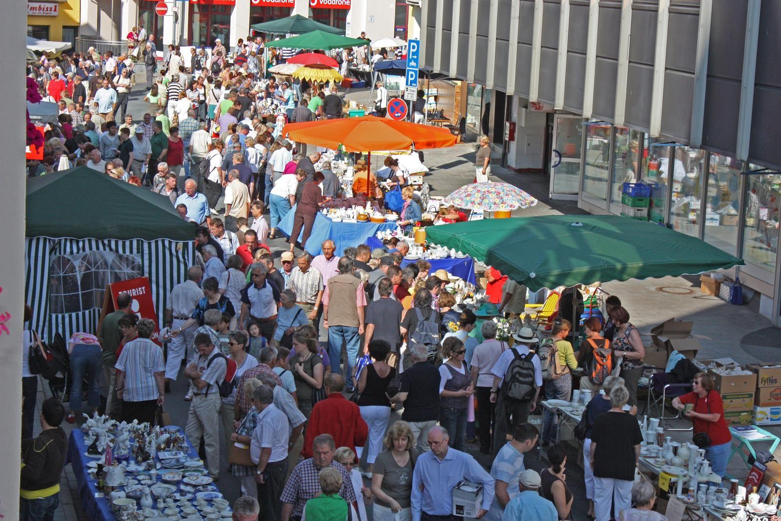 Porzelanflohmarkt | Porzelinerfest