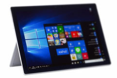 Surface Pro5 の修理価格表