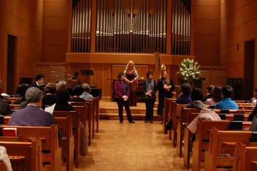 Konzert mit Tankas von Tohoku Überlebenden
