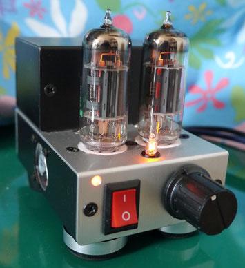 手のひらサイズ真空管オーディオミニアンプ自作 DIY-Audio Palm-sized Stereo Tube Amplifier