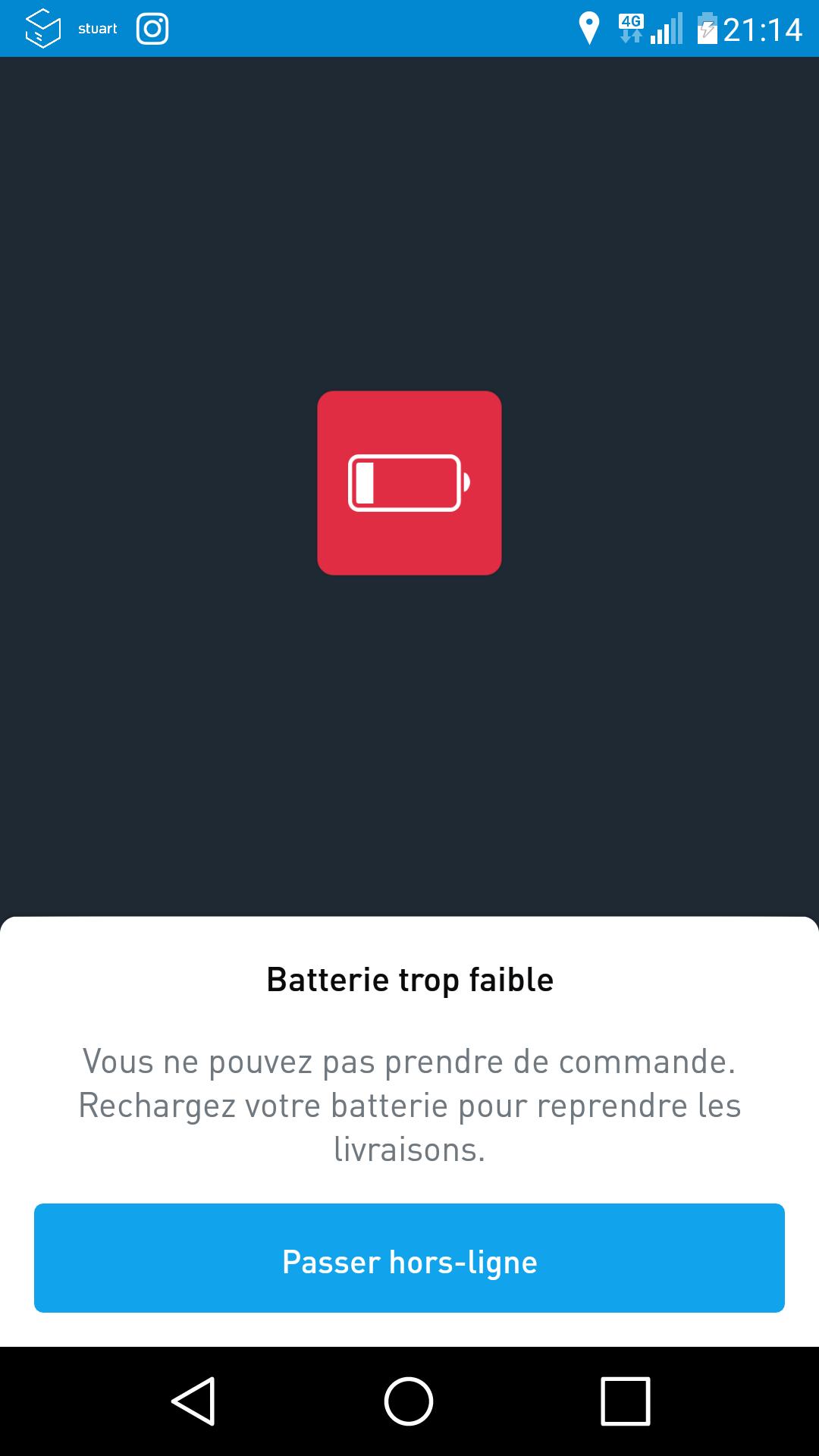 Une batterie qui tombe sous les 15% entraîne une déconnexion de l'appli de livraison.