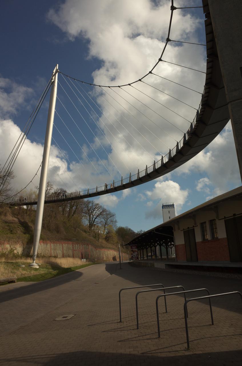 Hängebrücke in Sassnitz - architektonische Glanzleistung; 23.04.2016