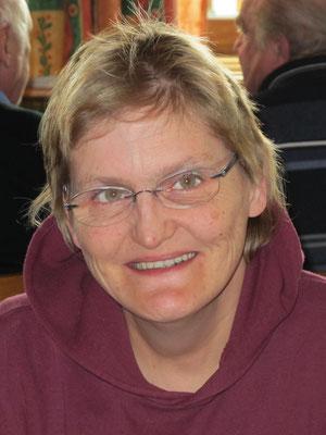 Katharina Stadlbauer feiert eine einen halbrunden Geburtstag