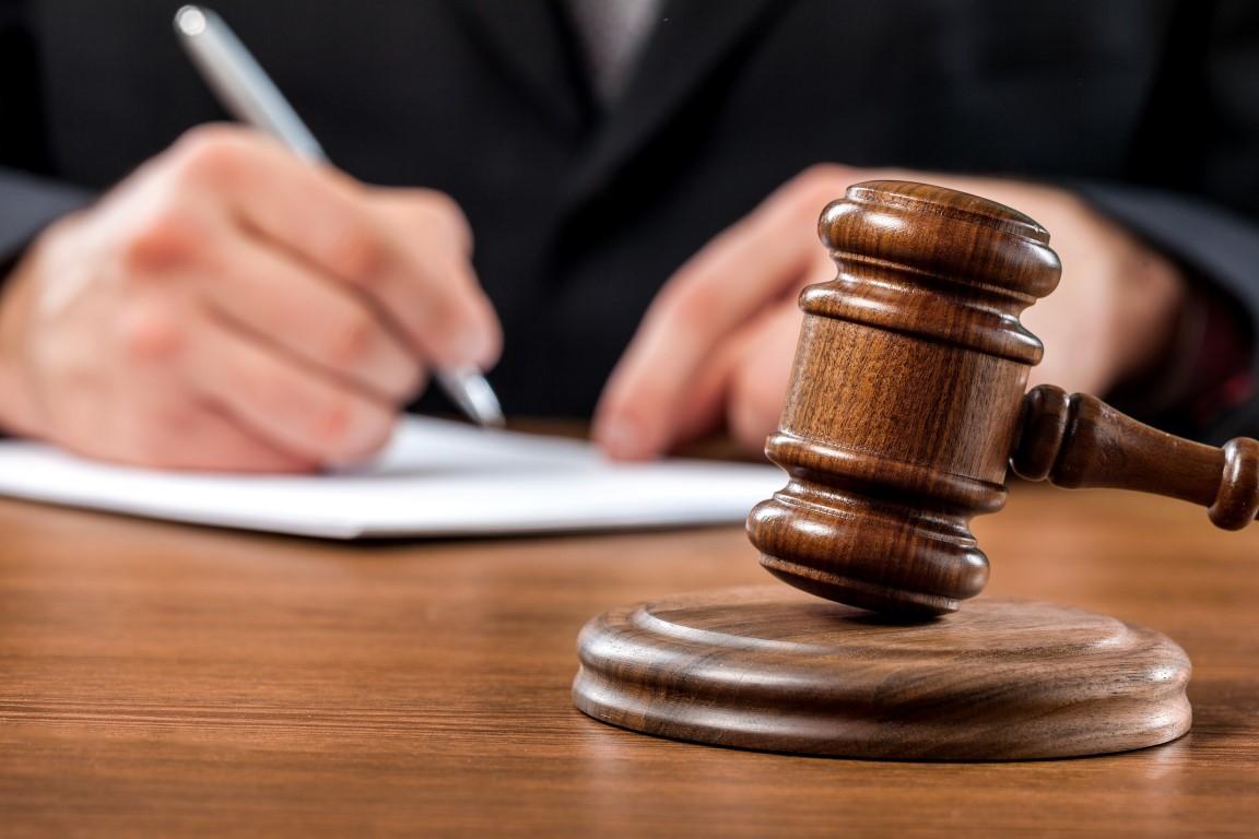 LG Mannheim bestätigt als erstes deutsches Gericht den Versicherungsschutz aus Betriebsschließungsversicherungen – Stärkung der Position der Unternehmen