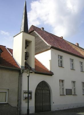 Pfarrkirche Maria Himmelfahrt und Pfarrhaus in Gransee