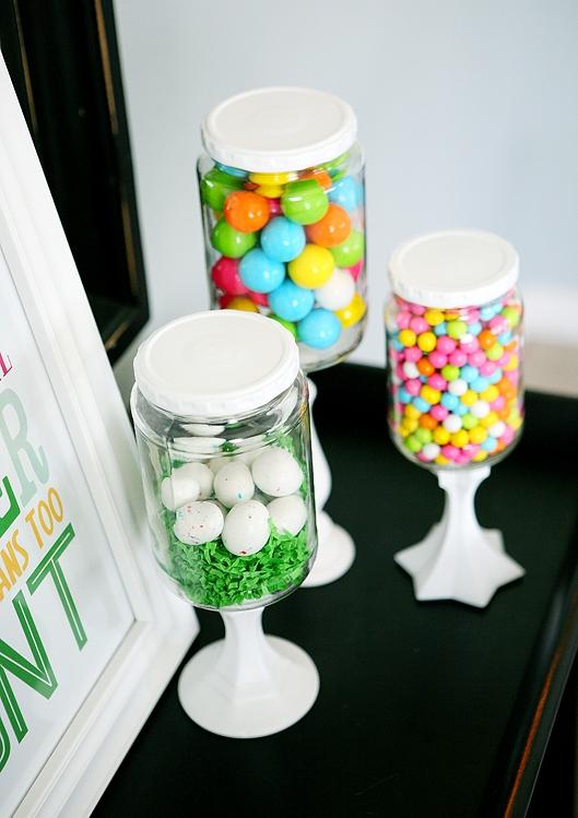 Bild: kreative DIY Ideen für den Osterkorb, Ostereier im Glas, gefunden auf Partystories.de