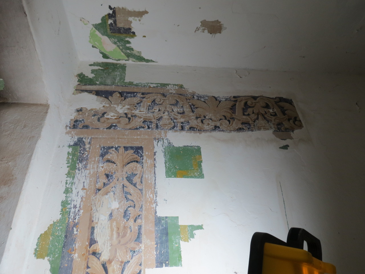 Treppenhaus Zwingerstr. Halle Befunduntersuchung Wandmalerei