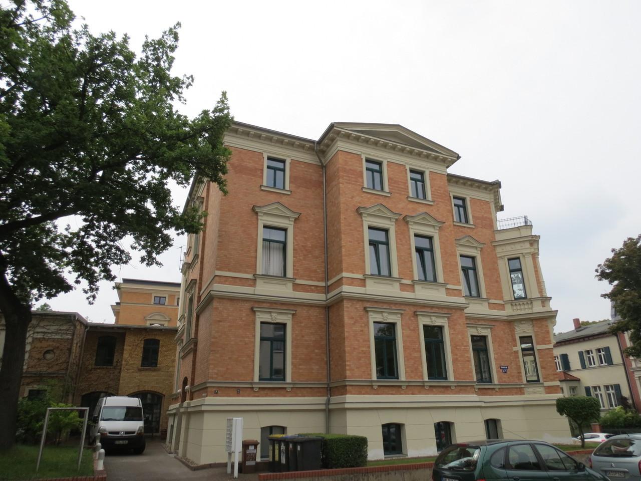 Händelstraße Halle Stuckfassade
