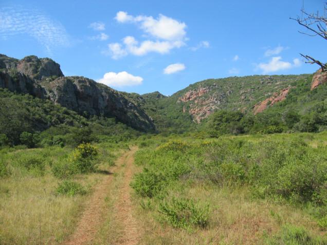 la pista che entra nella valle delle aquile