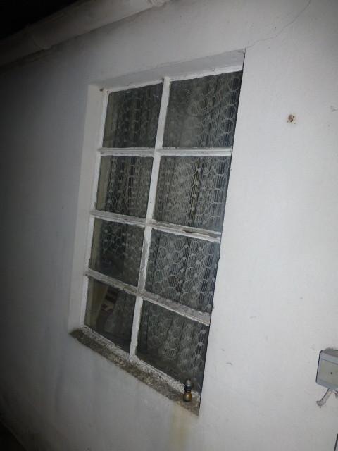 Das Fenster habe ich abbestellt, da Walter mir angeboten hat ein neues Fenster zu montieren. Leider kann mein Mann es nicht selber. Alles ist einfach wenn man weiß wie es geht.