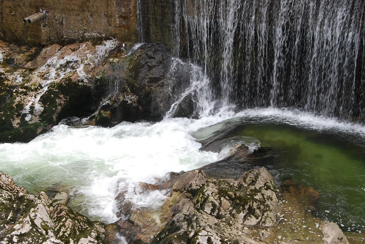 """Der """"wilde Lauffen"""" bei Niedrigwasser"""