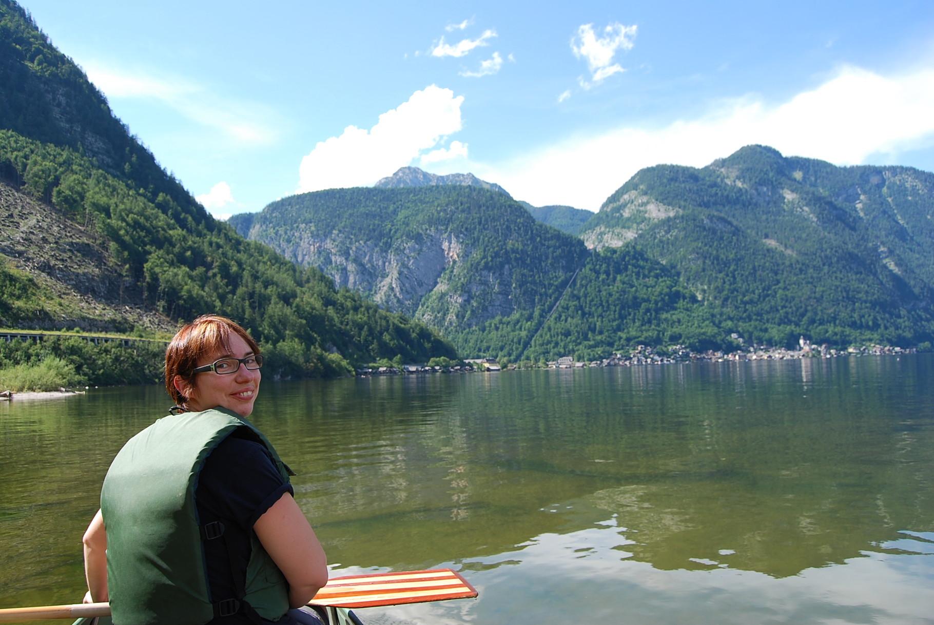 Im Hintergrund Hallstatt am Fuße des Salzberges. Dahinter die Spitze des Plassen.