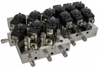 Spezialventilblock mit Modulerweiterungen / Special valves with extension modules