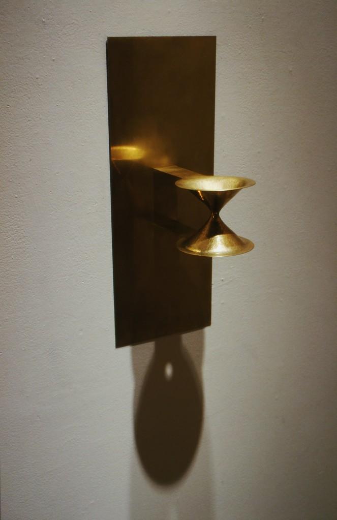 小林正樹展 Chain Link - 5   「空気の器」< vase for air > brass. h520×w205×d220mm