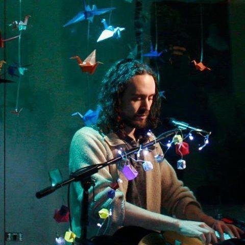 Matías Mormandi, músico, compositor, cantautor.